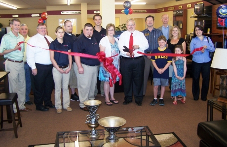 Ribbon Cutting Buddy 39 S Home Furnishings Nacogdoches County Chamber Of Commerce